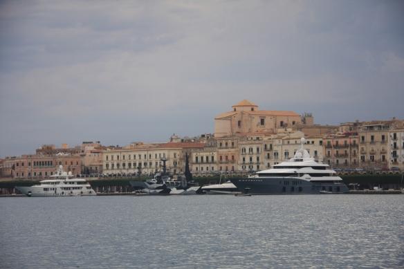 2 Syracusa dock